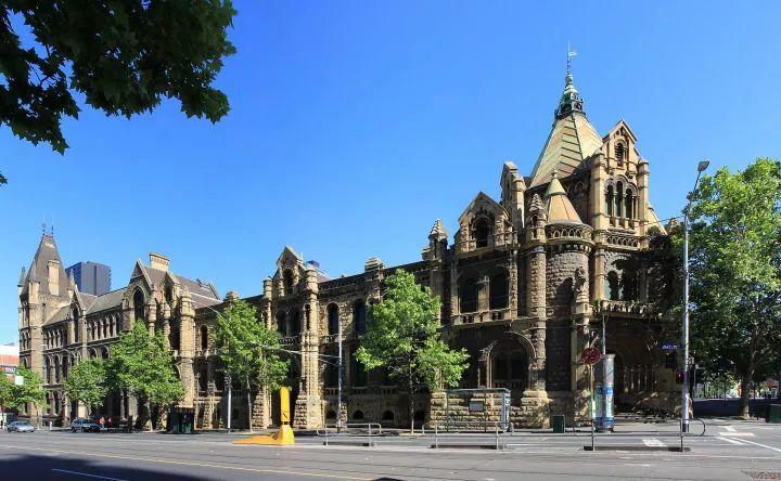全澳洲那么多大学,凭什么只有RMIT被冠以皇家称号